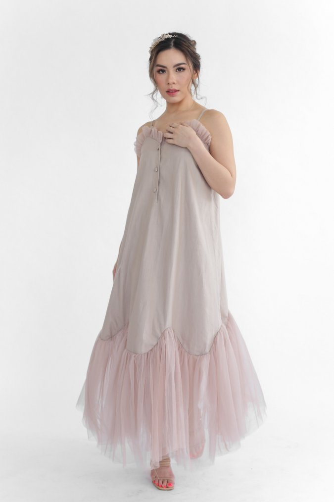 Vanne Dress